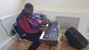 Xmas Event - 2018 - Winston Harris provides entertainment